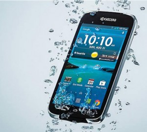 Kyocera Hydro Life โทรศัพท์กันน้ำลึก3เมตร