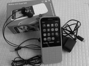Nokia 225 Dual SIM Box